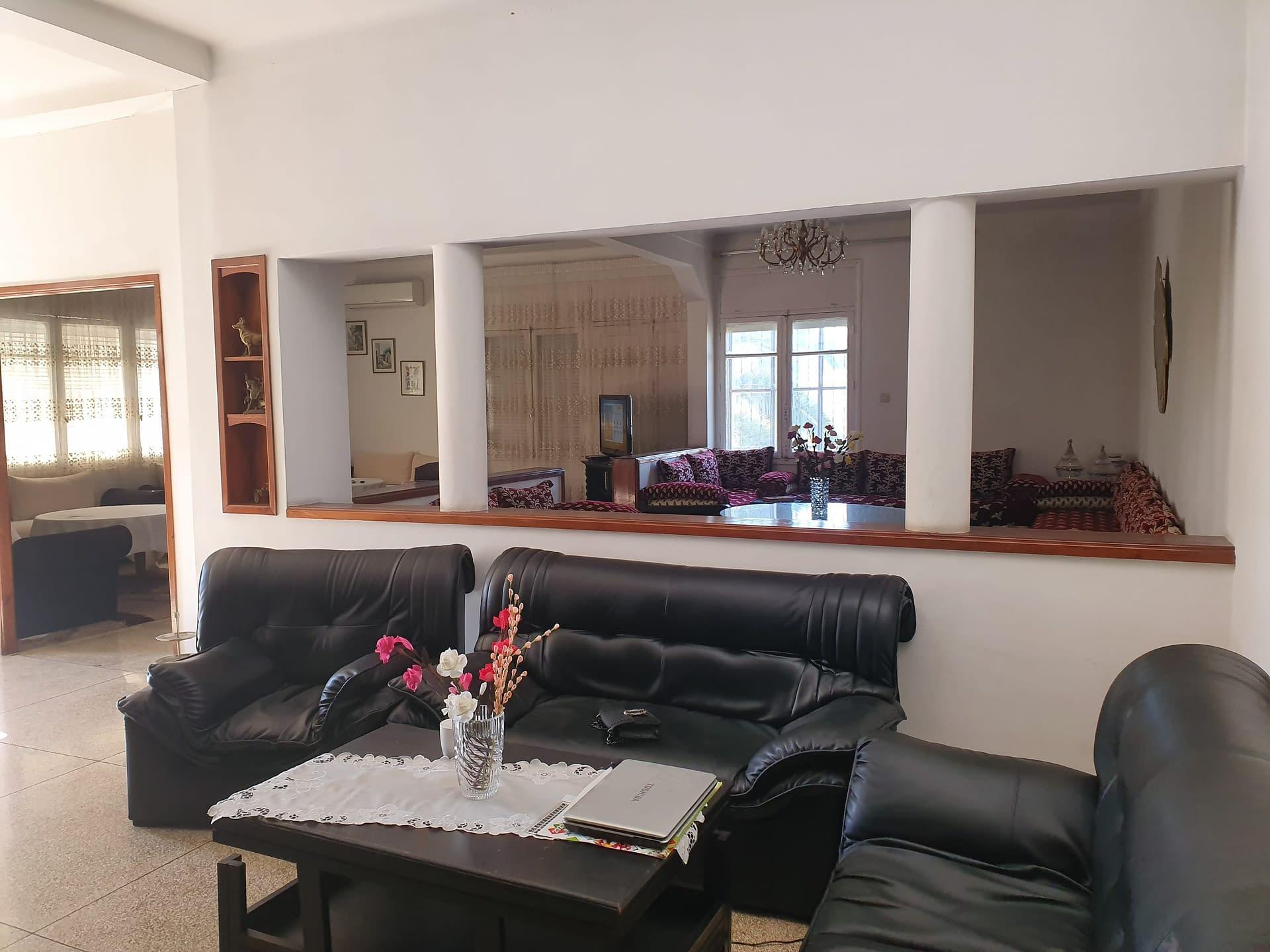 Villa en vente tout commerce à l'Aviation Rabat
