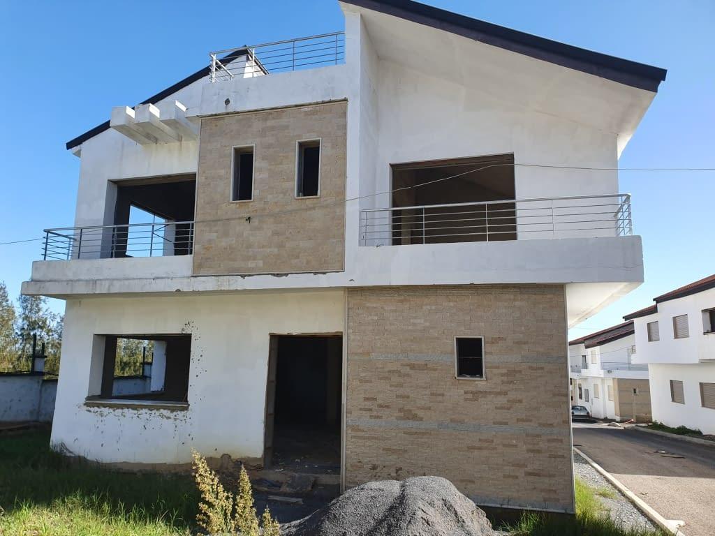 Villa en vente à Allal Bahraoui Camouni