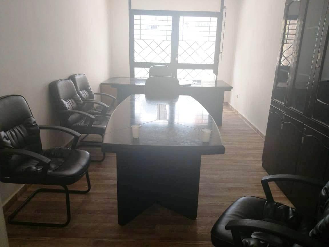Appartement usage bureau en location hay riad