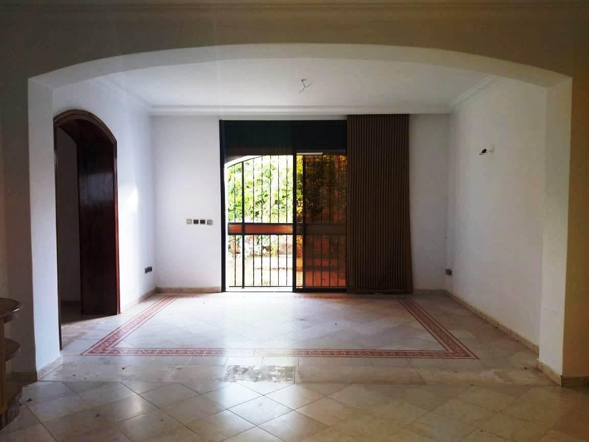 Villa en location à L'agdal Rabat